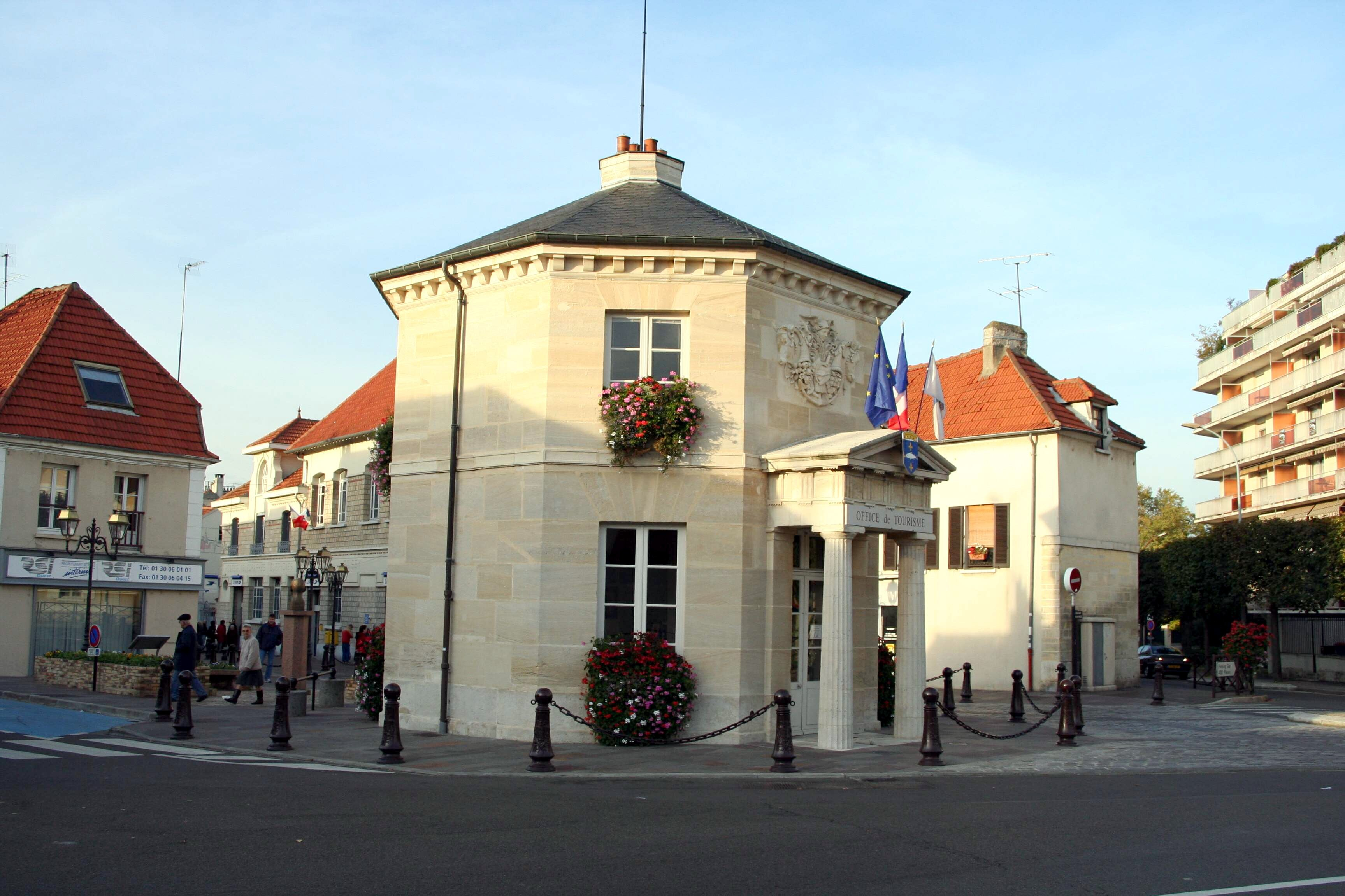 Poissy_-_Office_de_tourisme2